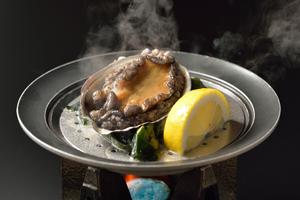 【冬季限定】津軽海峡産 黒アワビの地酒蒸し&地魚料理プラン【夕朝食付】